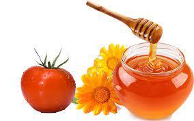 trị thâm mụn bằng mật ong cà chua