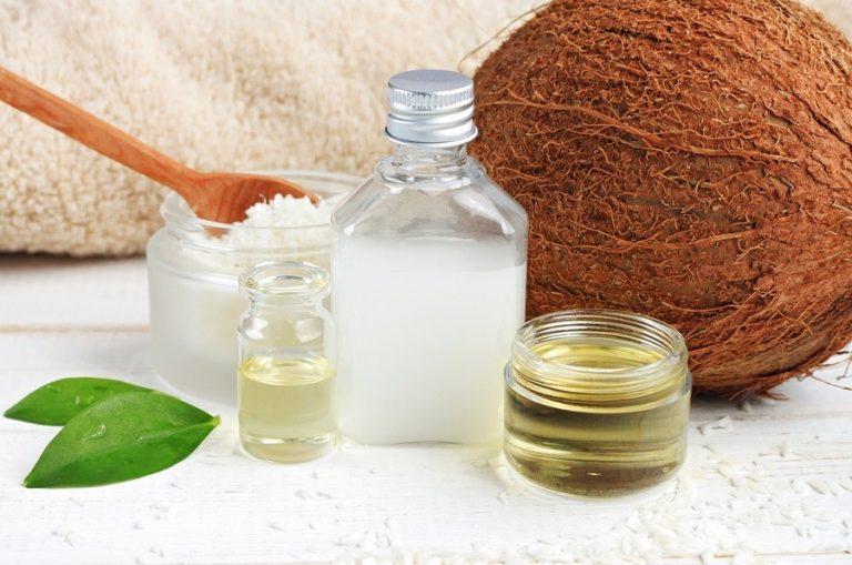 Cách làm tóc nhanh dài bằng dầu dừa