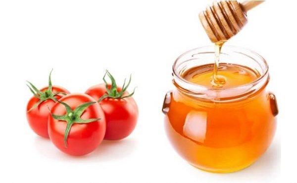 trị thâm mụn bằng mật ong và cà chua tại nhà
