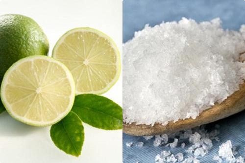 Làm trắng răng bằng chanh và muối